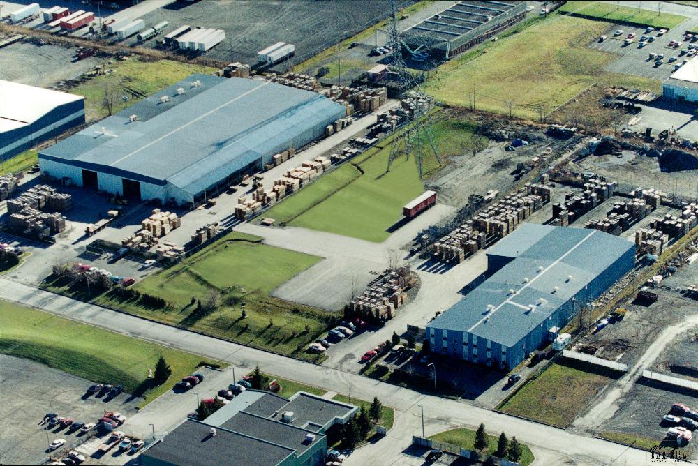 Vue aérienne des installations de M.E.S. produits forestiers